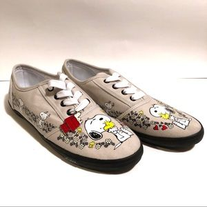 The Bradford Exchange Shoes - Snoopy and Woodstock Shoes Bradford Exchange